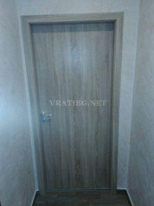 Монтирана врата Century Classen дъб Сонома