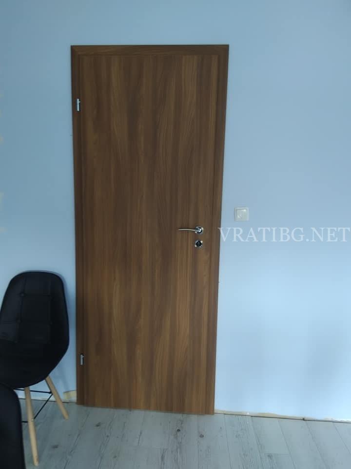 Монтирана врата Century Classen акация