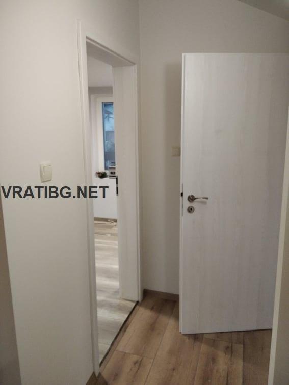 Монтирана врата Сентчъри 1 бял ясен в наличност