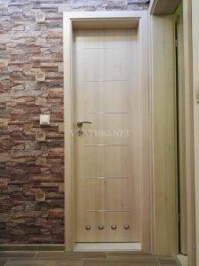 Монтирана врата Тетида на WC с камуфлажна каса за панели без къртене
