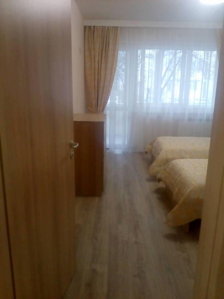 Монтирана Врата Сентчъри ясен снежен с ламинат избелен дъб