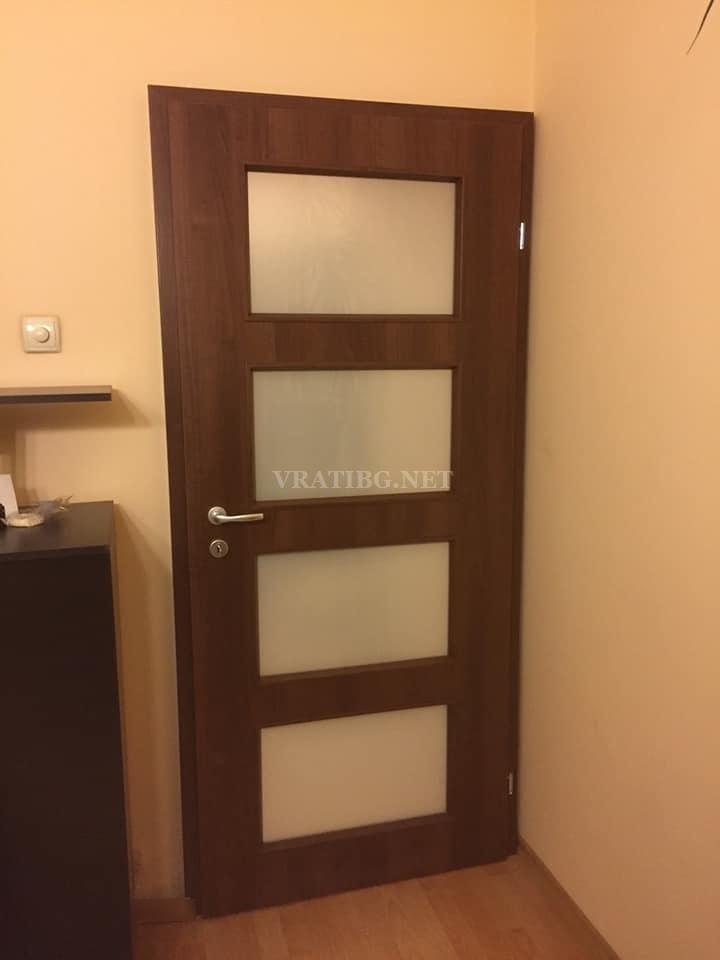 Монтирана врата Malaga Classen с каса Смок без къртене